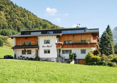 Muxel-Holzbautechnik_Wohnhaus-Gaupe-1-holzbau-technik-muxel-im-bregenzerwald