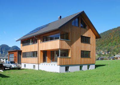 Muxel-Holzbautechnik_Wohnhaus-Holz-1-holzbau-technik-muxel-im-bregenzerwald